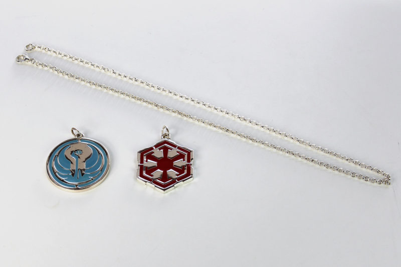 Review – SWTOR necklaces by Jinx