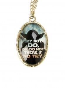 Hot Topic - Yoda cameo necklace