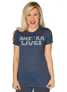 Her Universe - Ahsoka Lives t-shirt