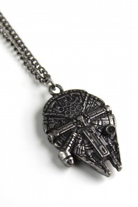 Hot Topic - Millennium Falcon necklace by Bioworld