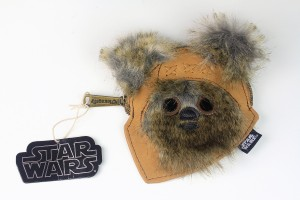 Loungefly - Ewok coin purse (front)