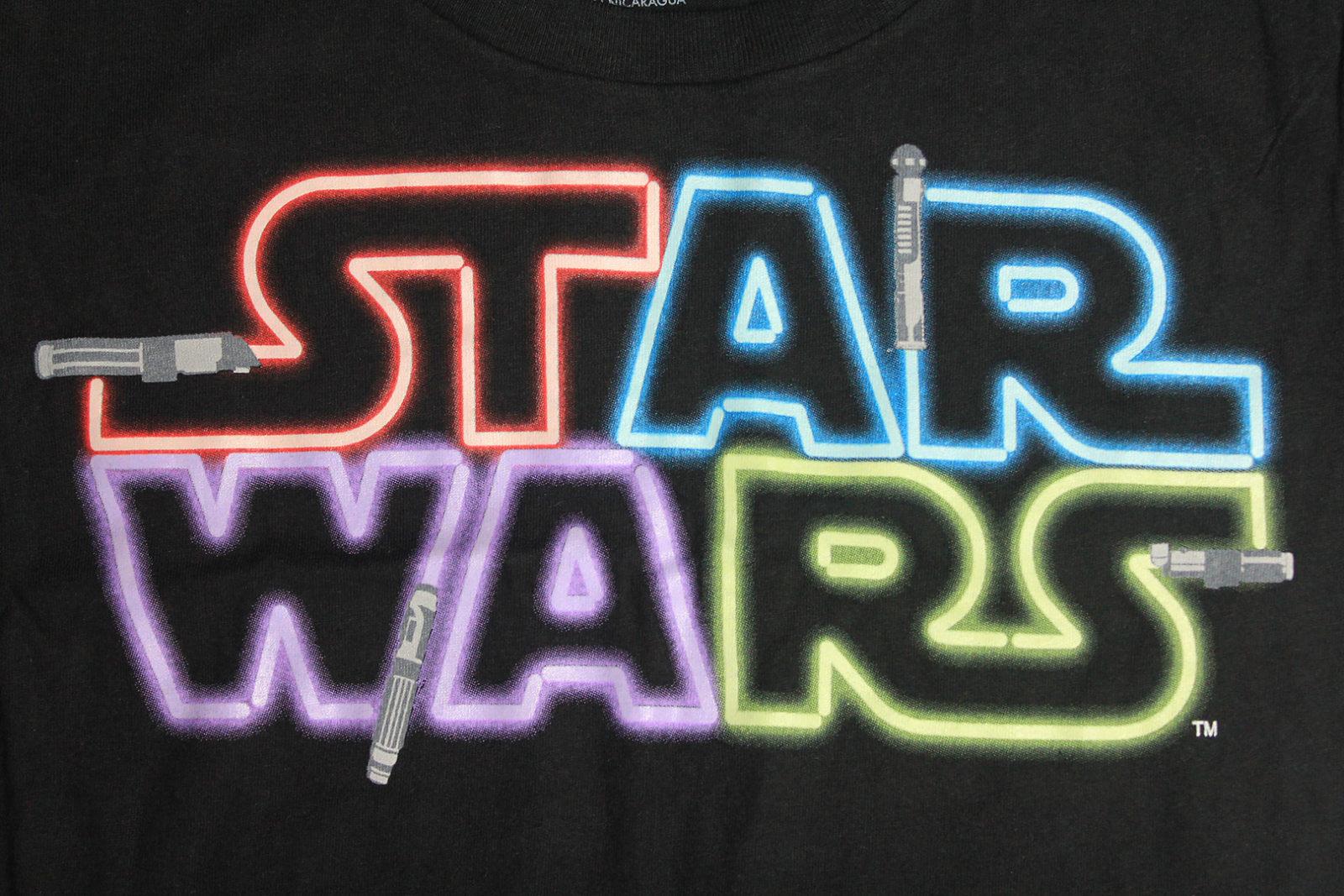 Review – Lightsaber logo tee