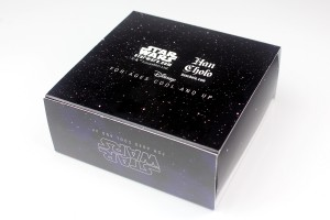 Han Cholo - Vader Saber cuff outer box packaging (back)