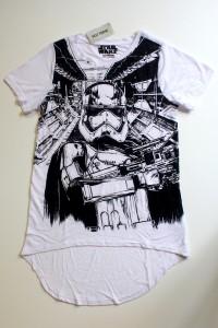 Hot Topic - women's Captain Phasma t-shirt (front)