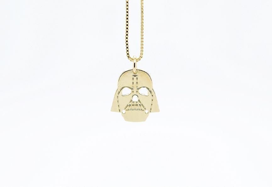 MALAIKARAISS - Darth Vader necklace