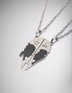 Spencers - Princess Leia & Han Solo necklace set