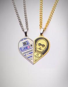 Spencers - R2-D2 & C-3PO 'Best Friends' necklace set