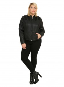 Hot Topic - women's plus size Darth Vader jacket by Her Universe (front)