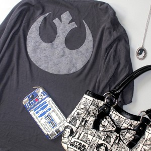 I'm off on holiday! Of course I've packed Star Wars fashion :)