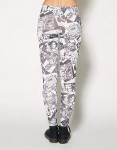 Spencers - women's Star Wars printed leggings (back)