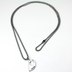 Her Universe - 'I Love You' - 'I Know' necklace set (two of two)