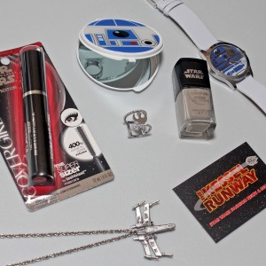 Star Wars make-up and accessories for women