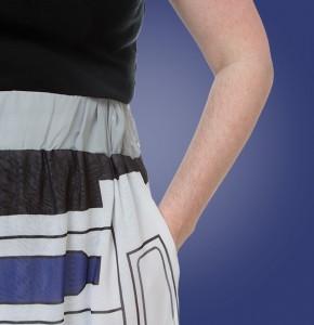 Thinkgeek - exclusive women's R2-D2 maxi skirt