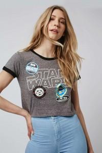 Topshop - Women's Star Wars badges crop tee (front)