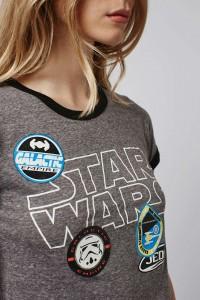 Topshop - Women's Star Wars badges crop tee (front/detail)