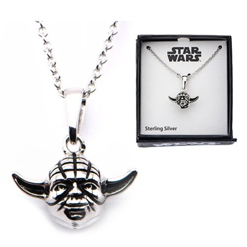 entertainmentearth_silveryoda3dnecklace