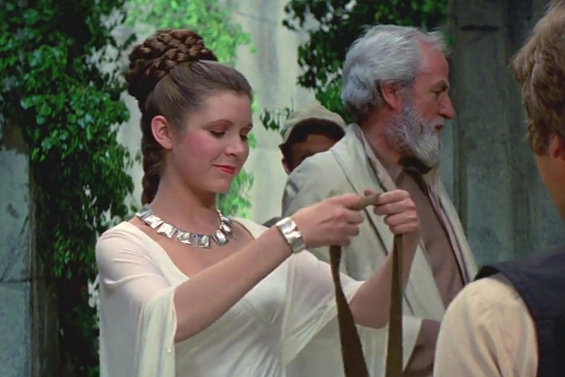 Screencap - Princess Leia awards Han Solo the Medal of Yavin
