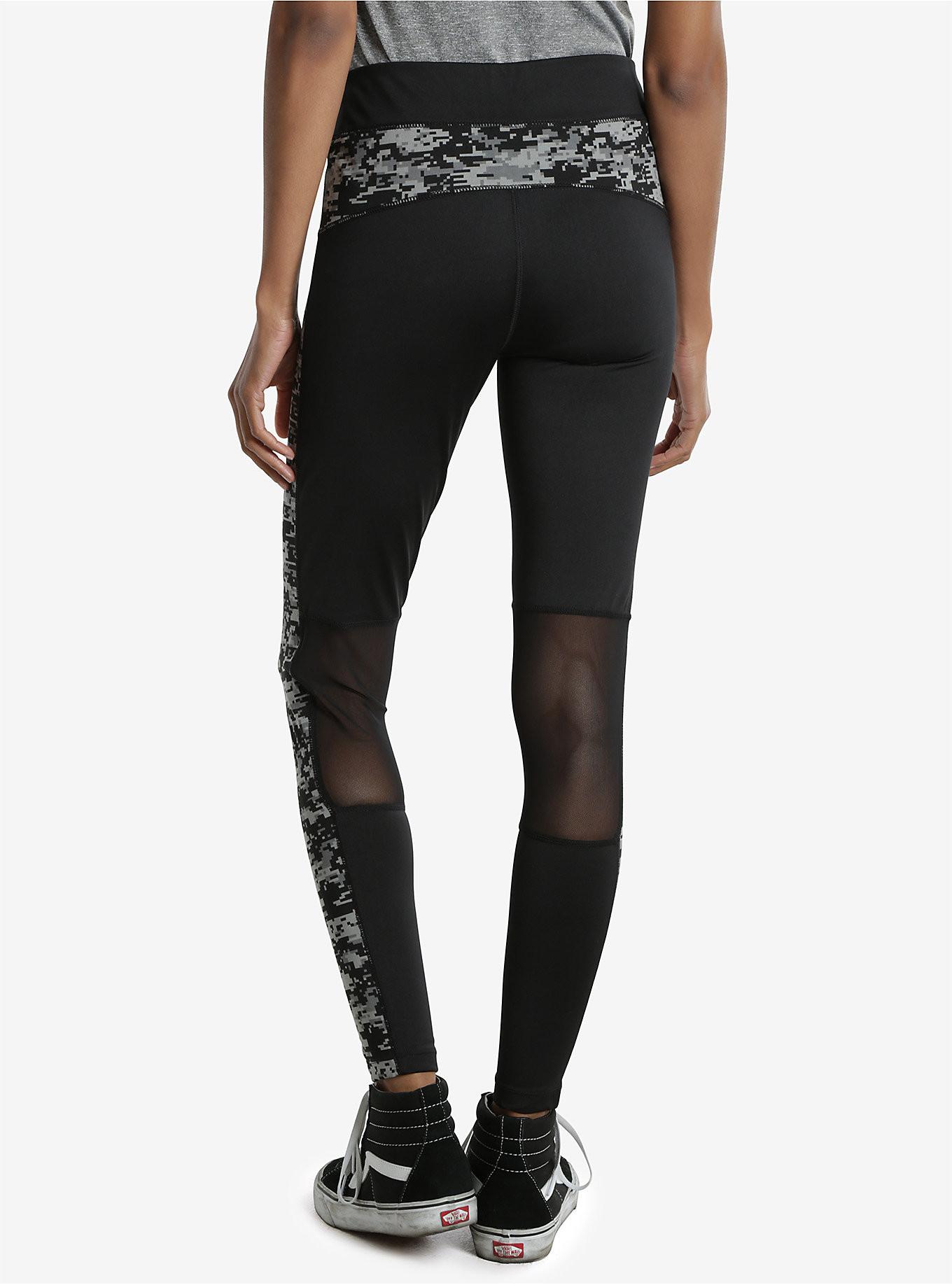 5ace028475574 Women's Star Wars workout apparel - The Kessel Runway