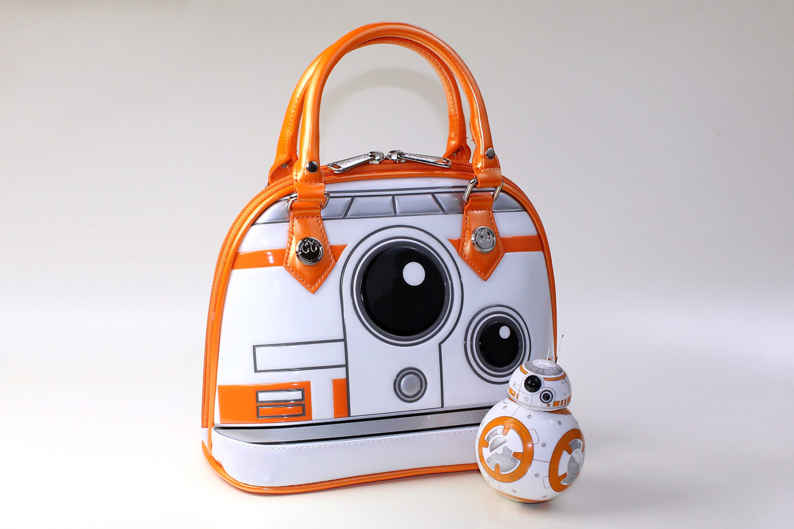 Review – Loungefly BB-8 dome handbag