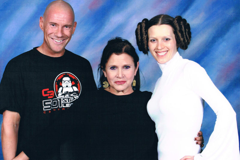 Meeting Carrie Fisher at DragonCon 2011