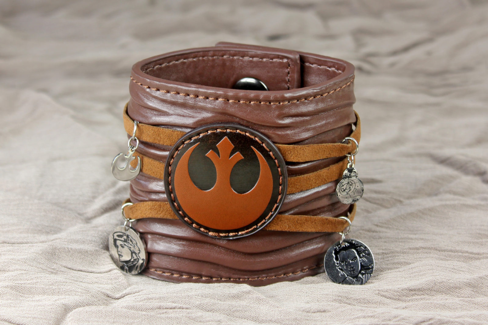 Review – Rey leather cuff bracelet