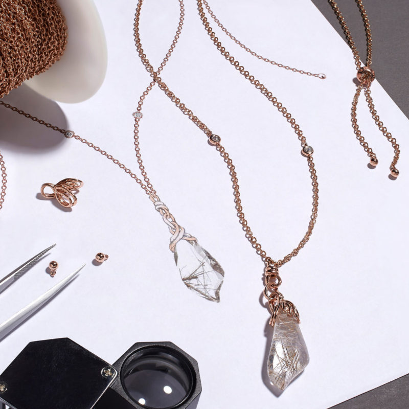 StarWars.com article about the Kyber crystal necklaces made by Kay Jewelers