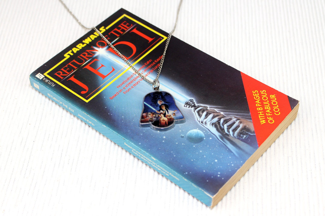 Her Universe x Star Wars Return of the Jedi limited edition necklace