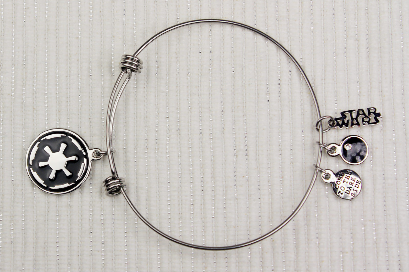 Review – Body Vibe Imperial symbol bracelet