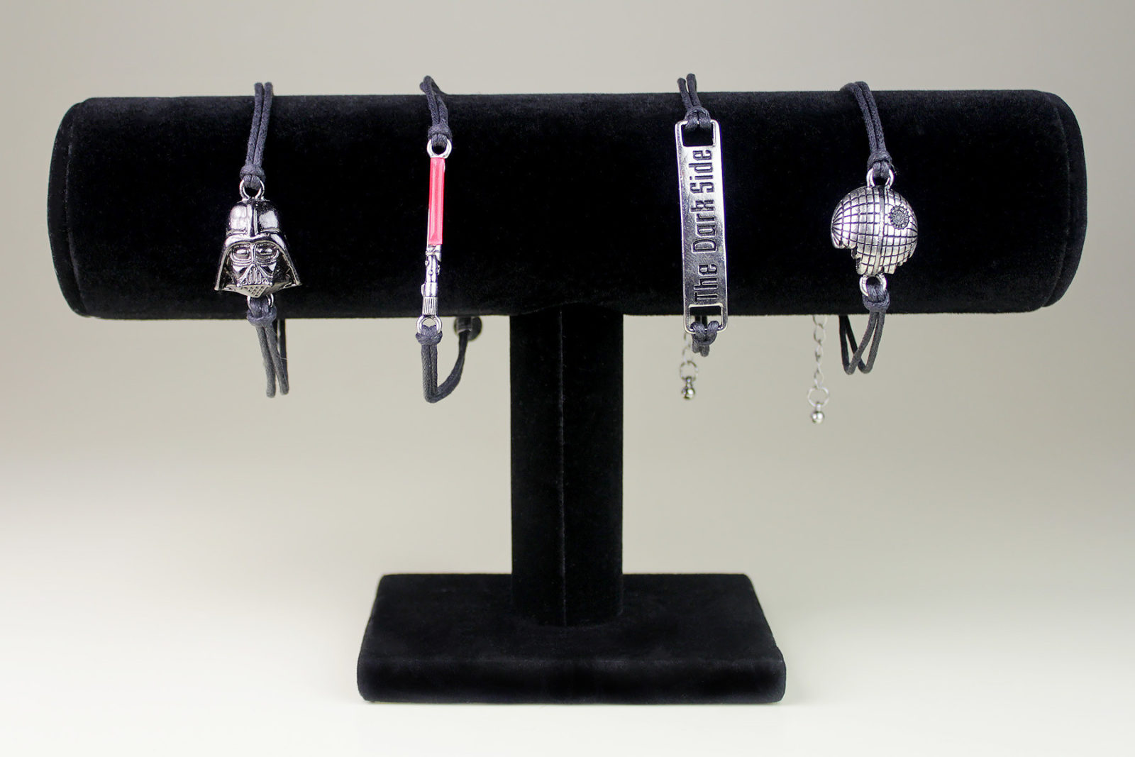 Review – Star Wars Dark Side bracelet set