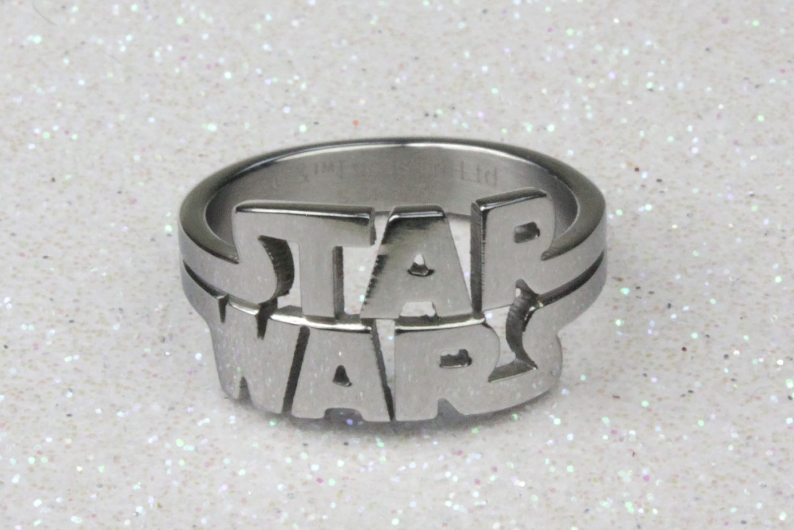 Review – Body Vibe Star Wars logo ring