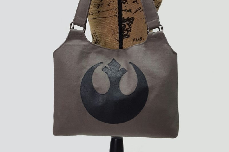 Star Wars inspired Rebel handbag by Etsy seller Sagas And Seams