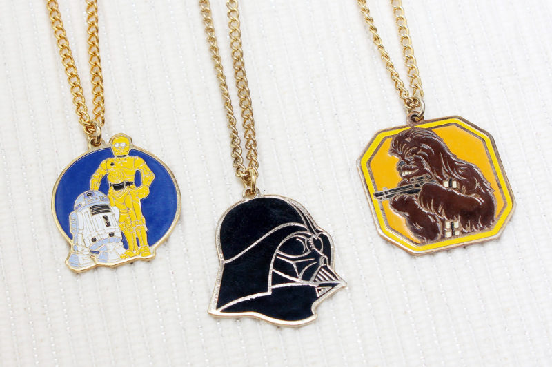 Wallace Berrie Star Wars Necklace (1980)