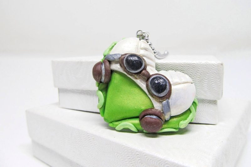 Star Wars Rebels Hera Syndulla twi'lek heart shaped pendant necklace by Etsy seller Miss E's Accessories