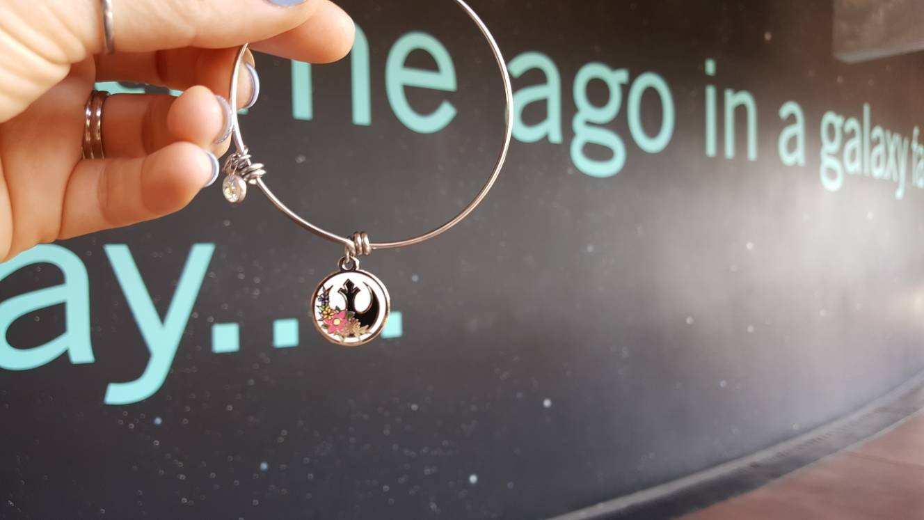 Star Wars Rebel Alliance Symbol Charm Bracelet by Glamorously Geeky on Etsy