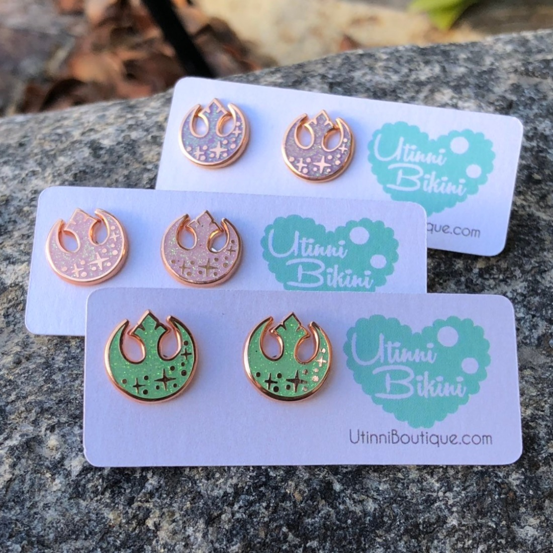 Star Wars stud earrings by Etsy seller Utinni Bikini