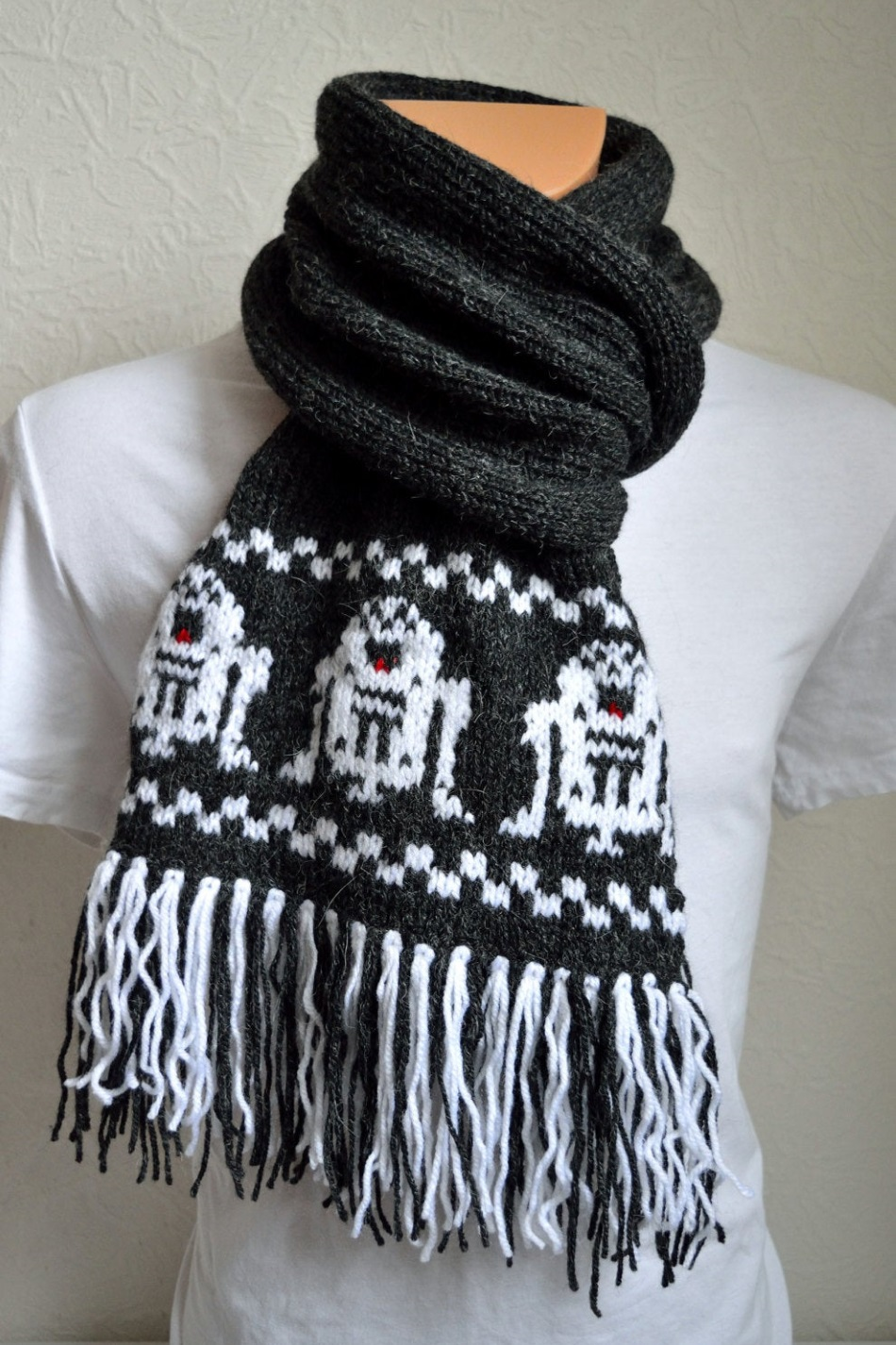 Star Wars Knitted Scarves by VidaKnitWorks on Etsy