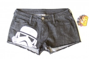 Review – We Love Fine stormtrooper shorts
