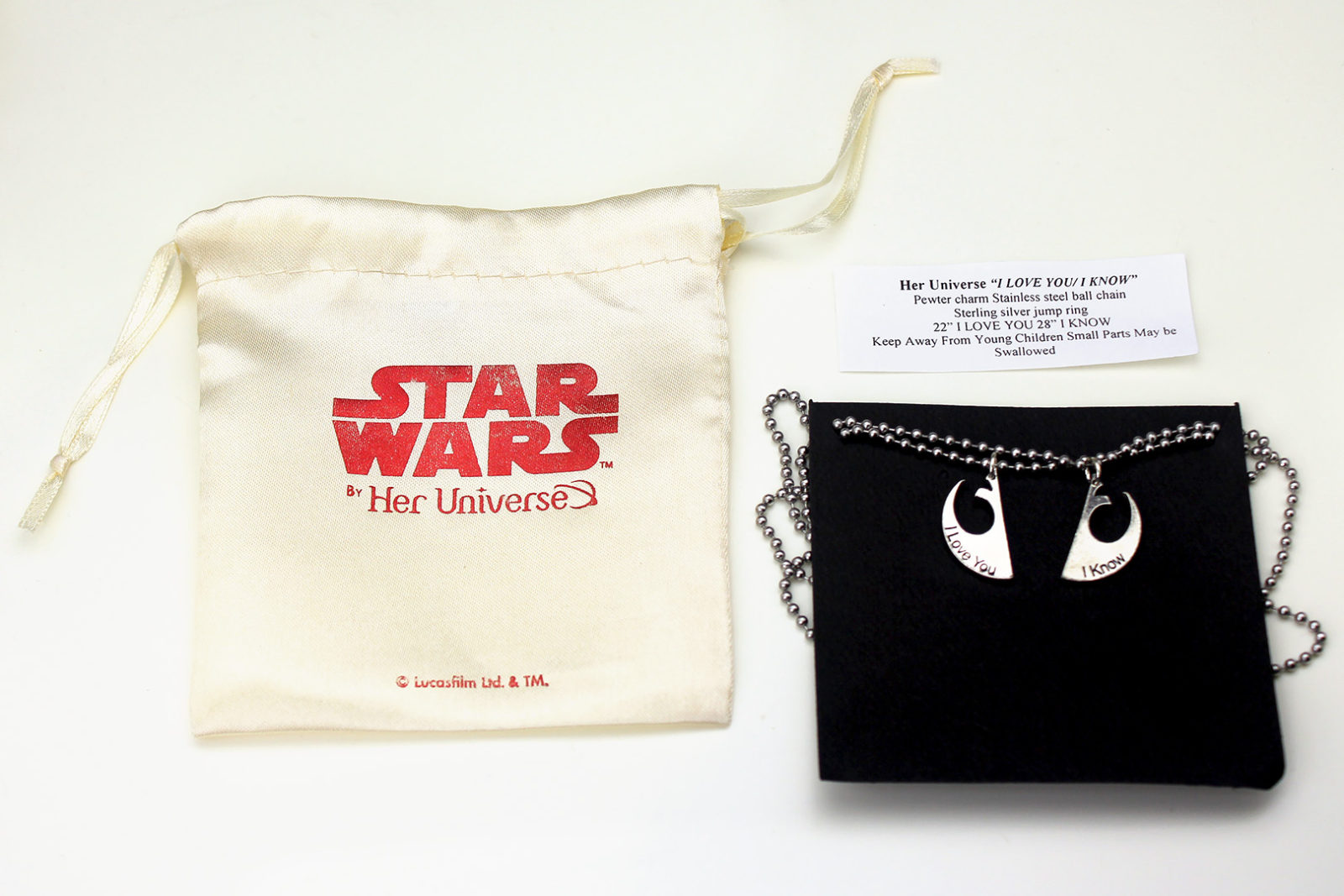 Review – 'I Know' necklace set