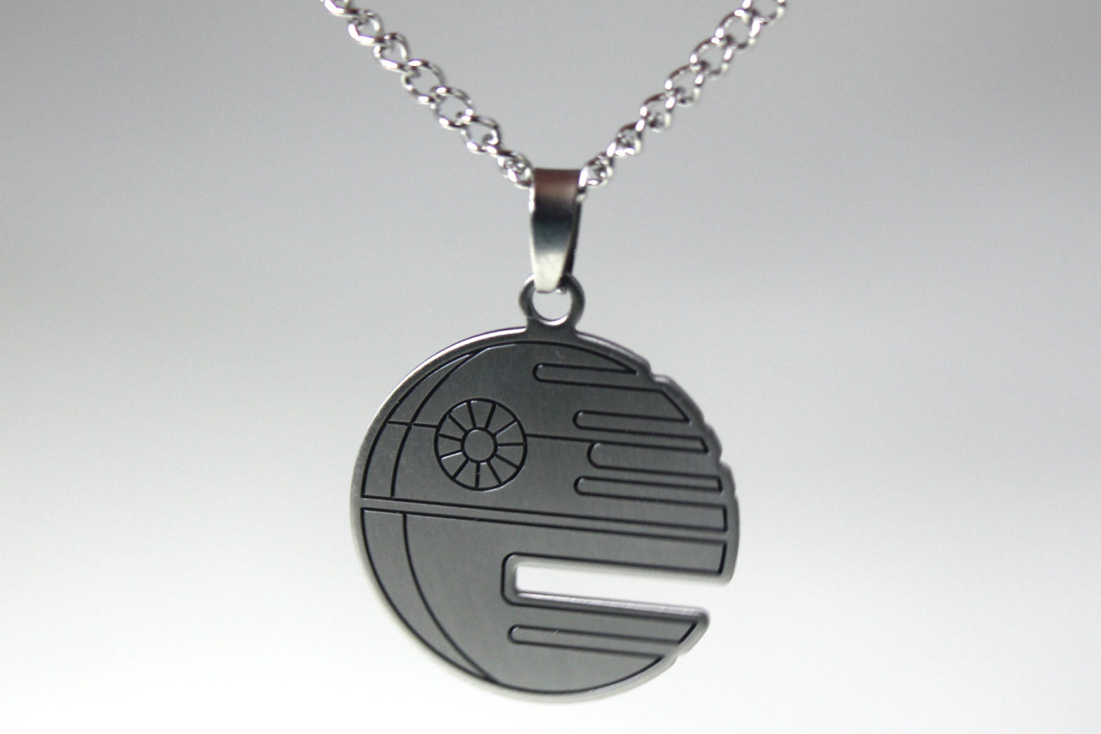 Bodyvibe - Death Star cutout pendant necklace