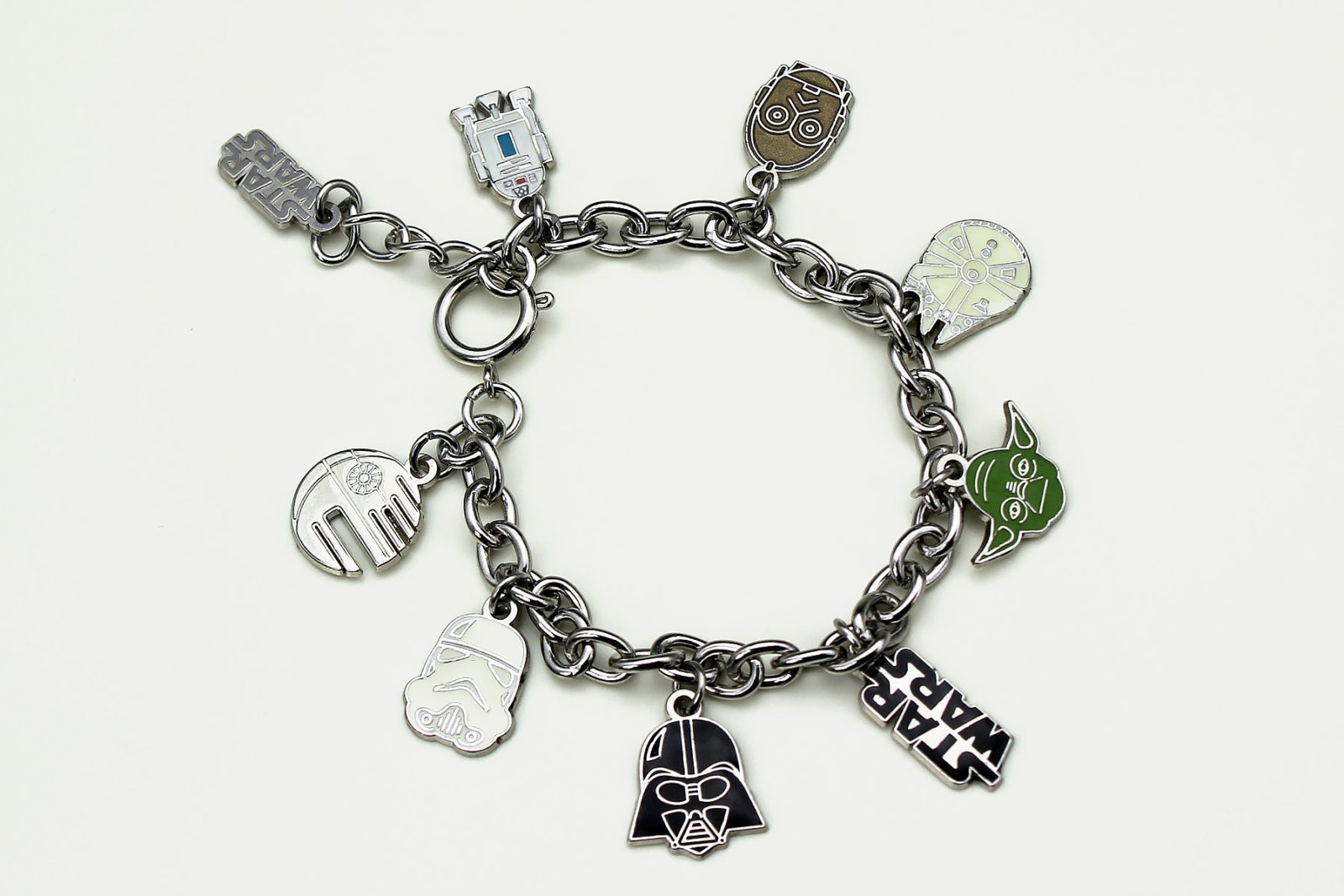 Review – Love And Madness charm bracelet