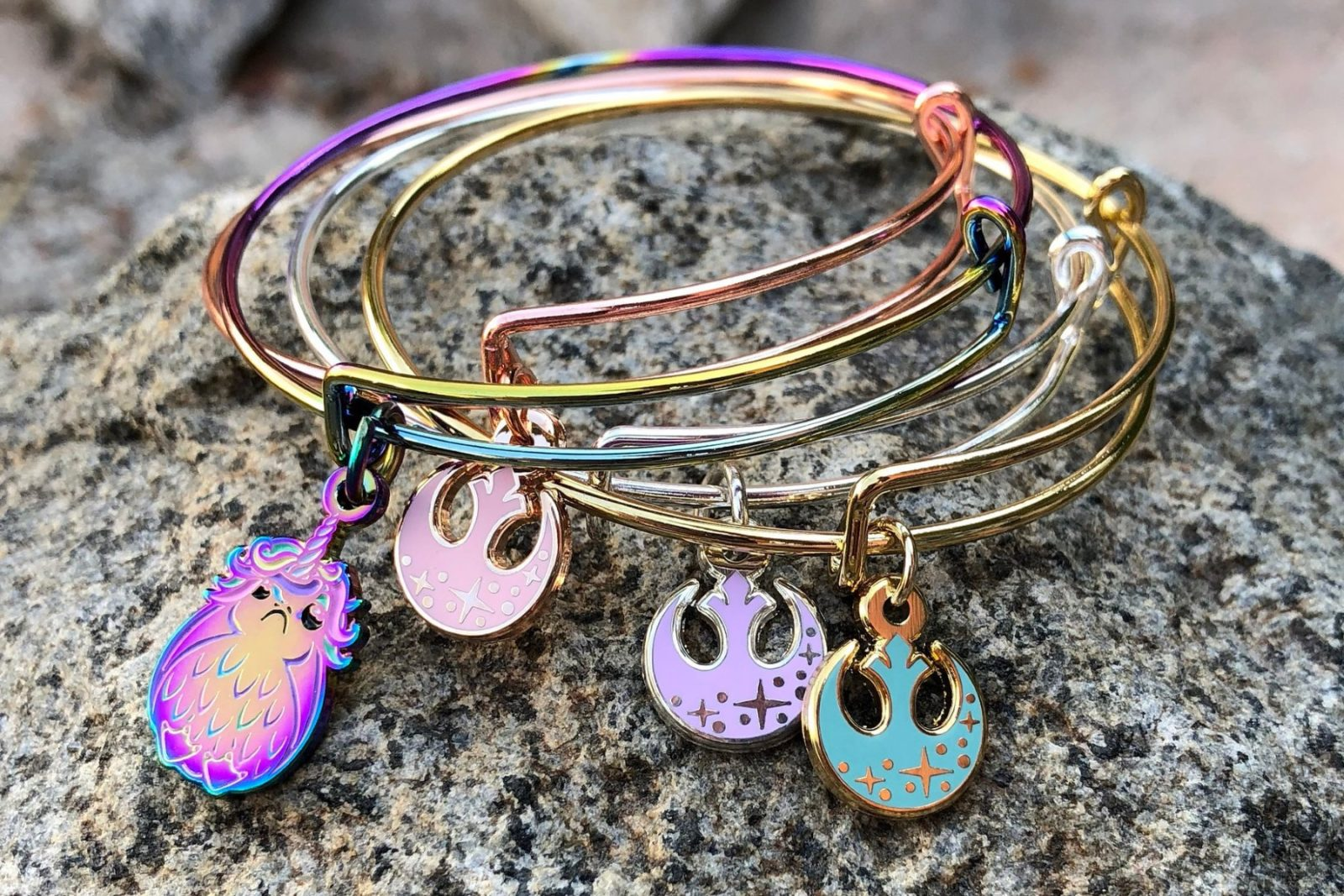 Gorgeous Star Wars Bracelets by Utinni Bikini